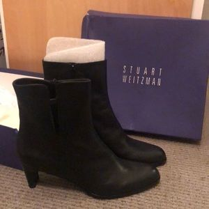New with box Stuart Weitzman boots